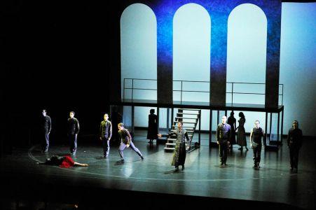 2012 Othello 013