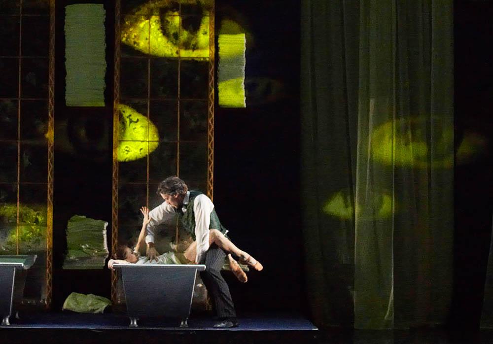 2010 Madonna 006