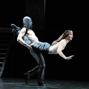 2012 Othello 003