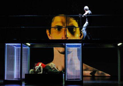 2012 Othello 005